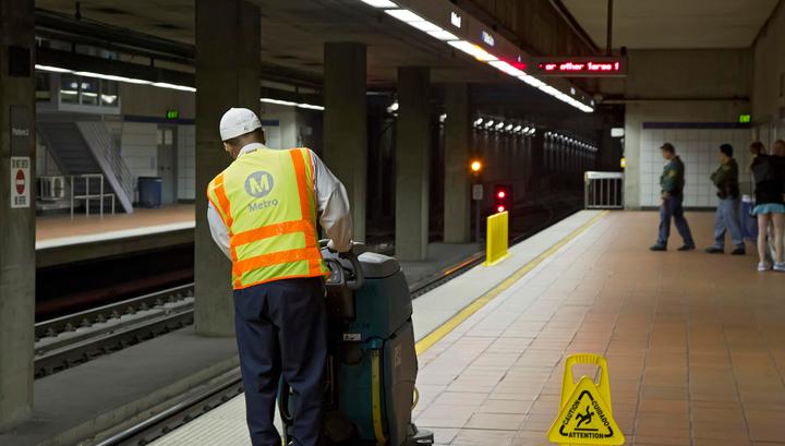 Порнов лос анджелесе в метро