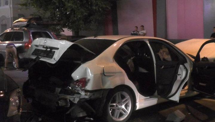 В центре Москвы столкнулись 8 автомобилей