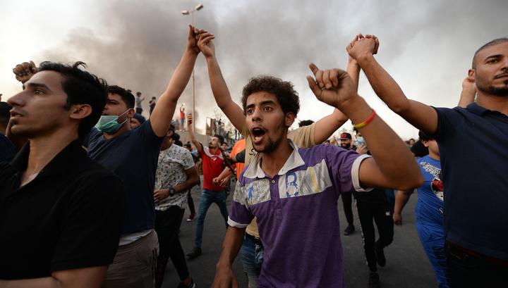 Акции протеста в Басре: два человека погибли, 45 ранены