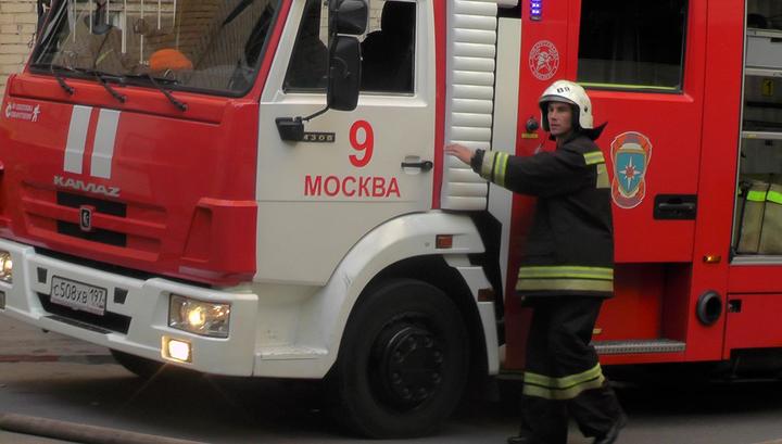Открытое горение в жилом доме на севере Москвы ликвидировано