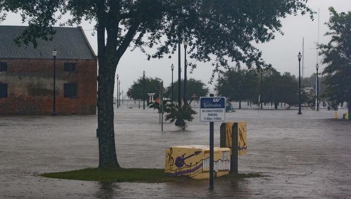 """Ущерб от урагана """"Флоренс"""" в США составил около 50 млрд долларов"""