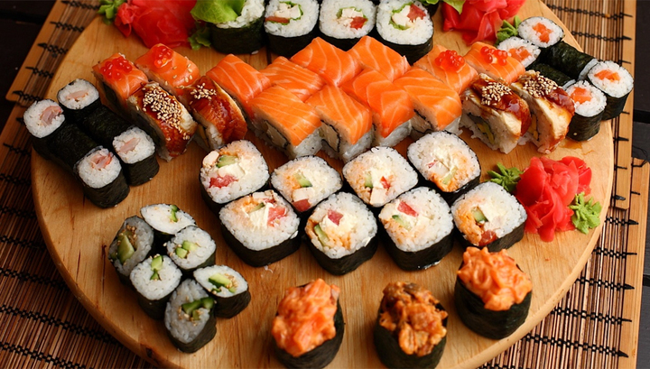 Ресторатор в шоке: немецкий бодибилдер съел 100 порций суши
