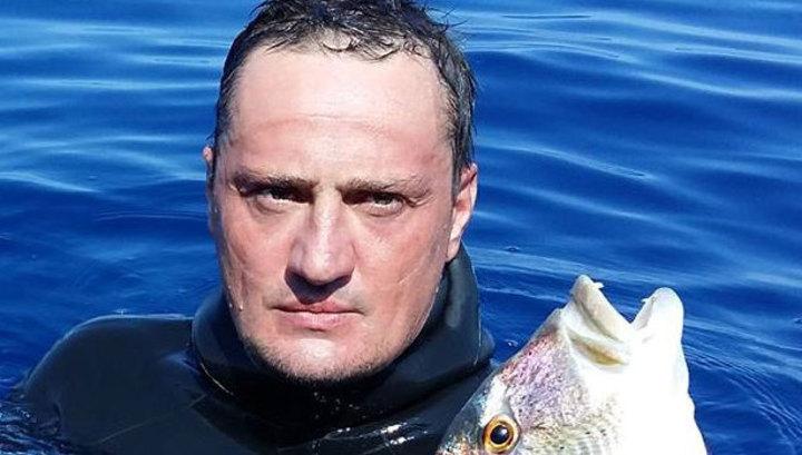 На Кипре задохнулся и утонул известный российский подводный охотник