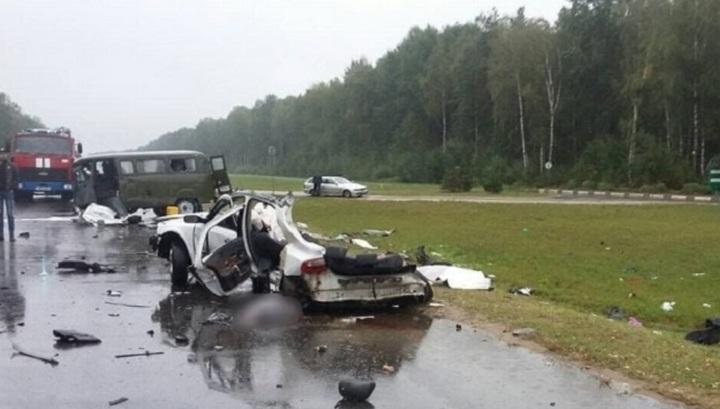 Три человека погибли в аварии под Солигорском. Видео