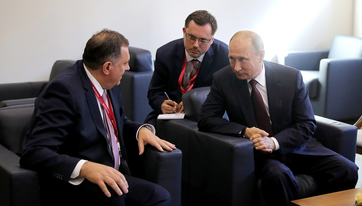 Путин пожелал Додику удачи