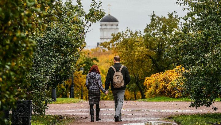 Американский телеканал позвал в Москву - посмотреть на золотую осень