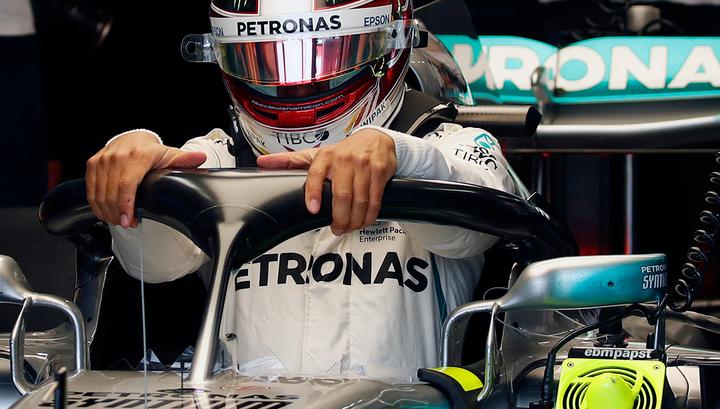 Формула-1. Хэмилтон выиграл третью практику в Японии