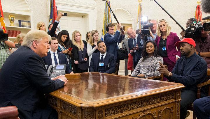 """""""Я люблю этого парня"""": известный рэпер встретился с Трампом"""