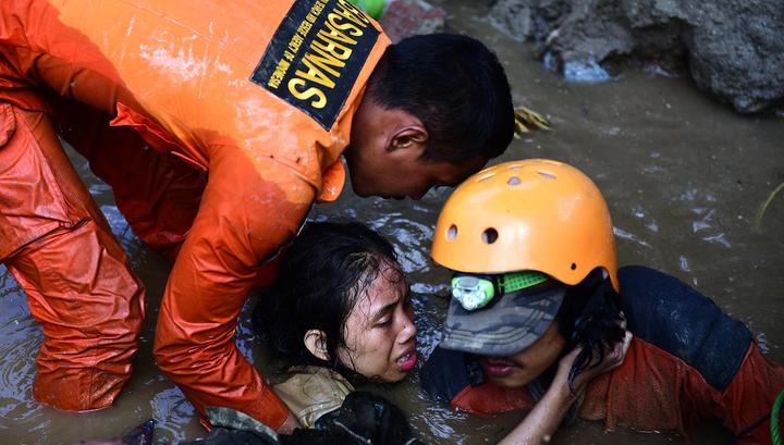 Число погибших при землетрясении в Индонезии достигло 2091 человек