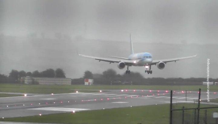 Пилоты сумели посадить Boeing во время шторма в Бристоле