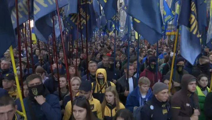 Националисты промаршировали по Киеву в честь 76-летия УПА