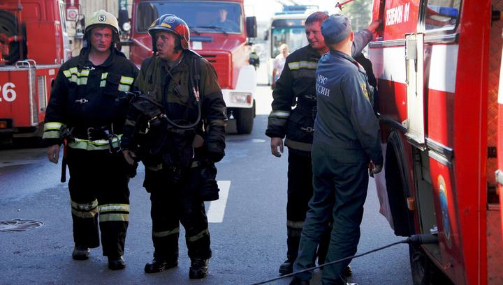 В Комсомольске-на-Амуре спасатели успели поймать мальчика, упавшего с 4 этажа