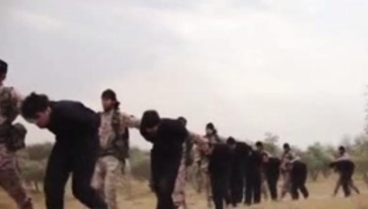 Террористы захватили в Сирии сотни заложников