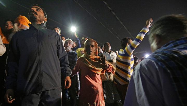 Трагедия на железной дороге в Индии: число жертв увеличилось до 61