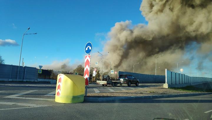 В Гатчине спасатели разобрали более 80 процентов завалов на месте взрыва на заводе