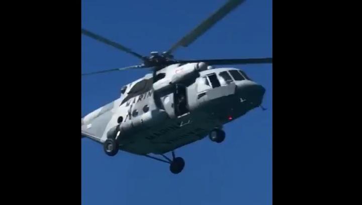 Момент падения вертолета Ми-17 ВМС Мексики в Калифорнийский залив попал на видео