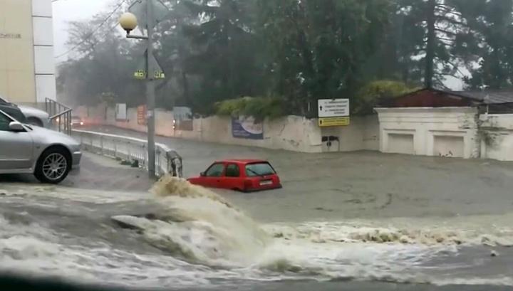 Из-за паводка под Туапсе погибла женщина