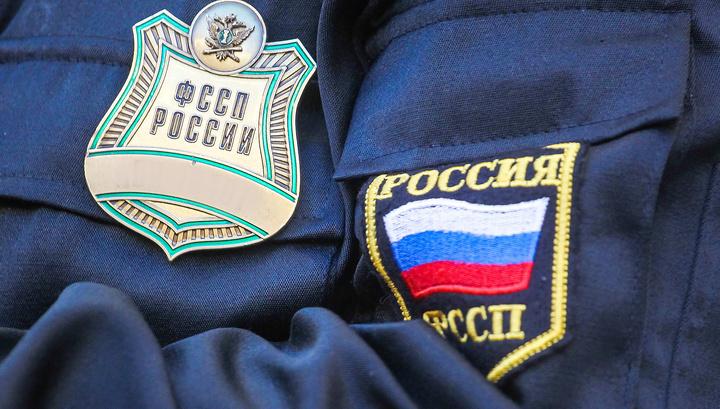 Более миллиона россиян оказались невыездными из-за долгов