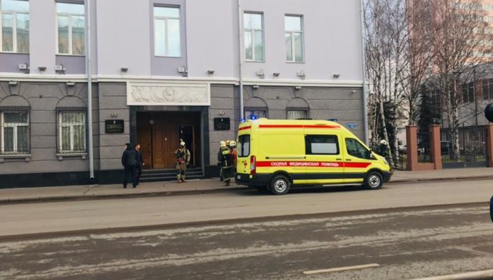 В Архангельске у входа в здание ФСБ прогремел взрыв