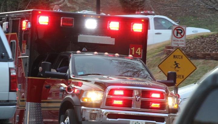 В США перевернулся автобус: два человека погибли, 44 пострадали