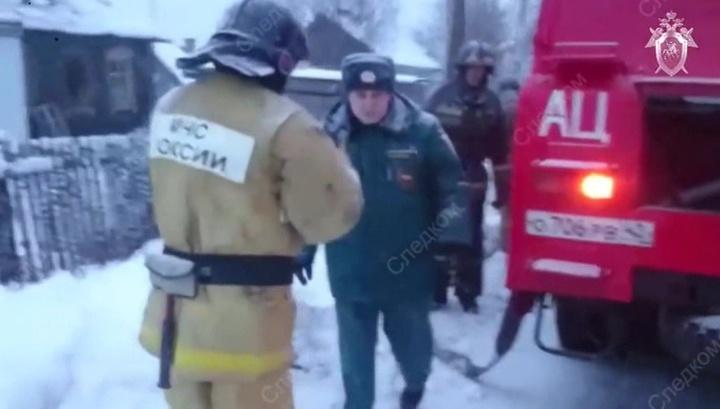 При тушении пожара в Кемеровской области пострадал огнеборец
