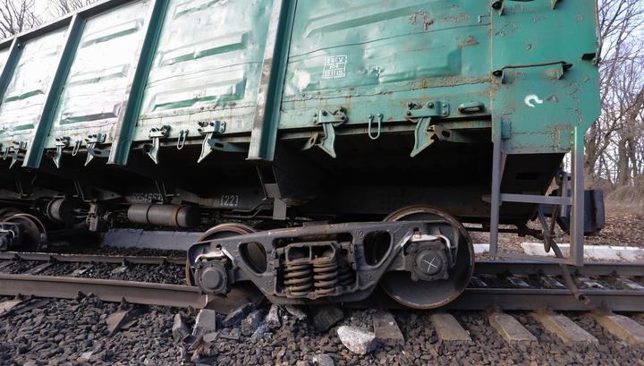 Под Омском перевернулись более 20 грузовых вагонов