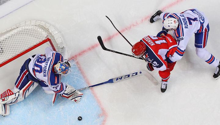 ЦСКА обыграл СКА и возглавил турнирную таблицу КХЛ