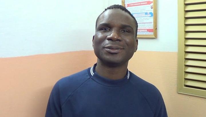 Иркутские полицейские оперативно разобрались с обидчиками африканца. Видео