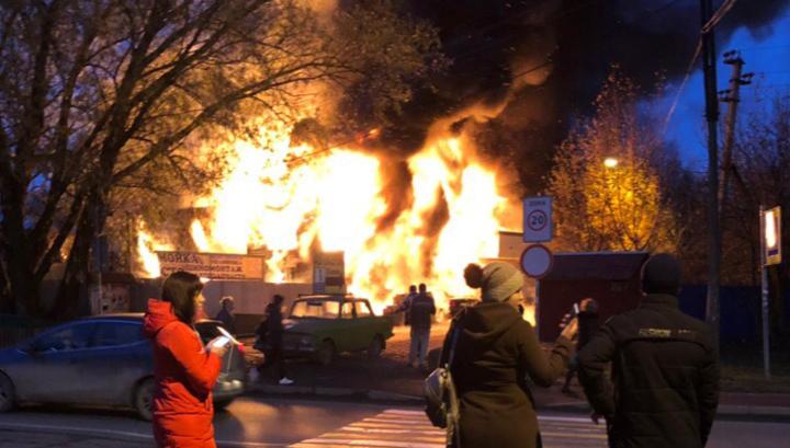 Пожар в шиномонтаже: погибших уже 5