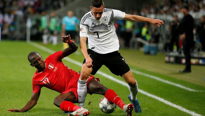 Футболист сборной Германии Дракслер не сыграет в матче с Россией