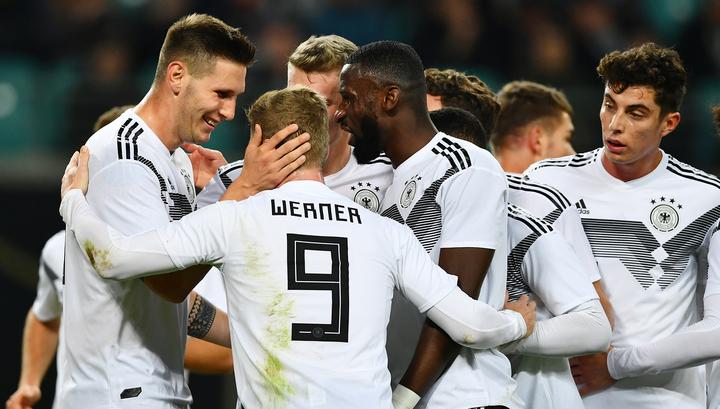 Сборная России проиграла в Лейпциге команде Германии