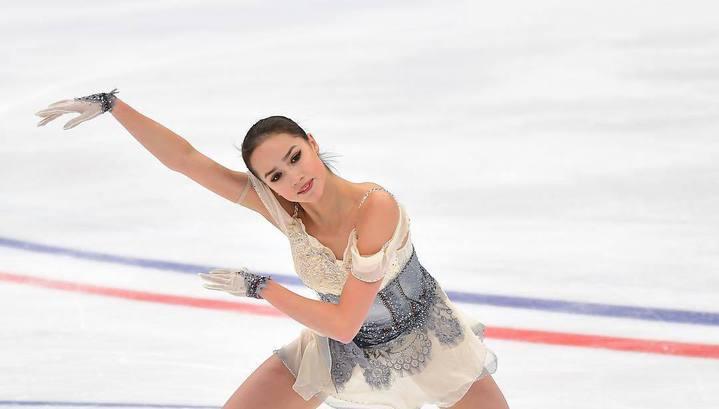Алина Загитова с мировым рекордом выиграла короткую программу на Гран-при России