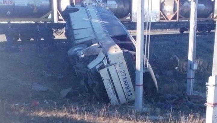 Смертельное ДТП под Саратовом: столкнулись автобус и поезд