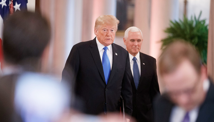 Трамп все еще доверяет Пенсу
