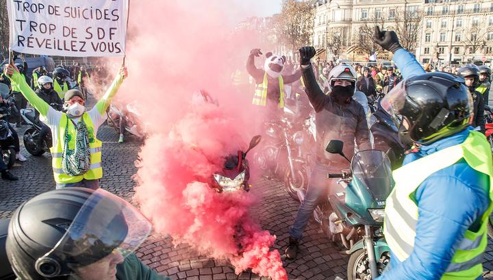Топливные протесты во Франции: не обошлось без жертв