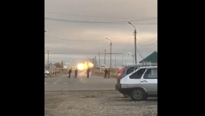 Появилось новое видео уничтожения смертницы у КПП в Грозном