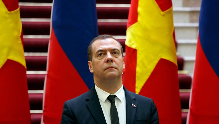 Медведев: в идущей в мире торговой войне не будет победителей