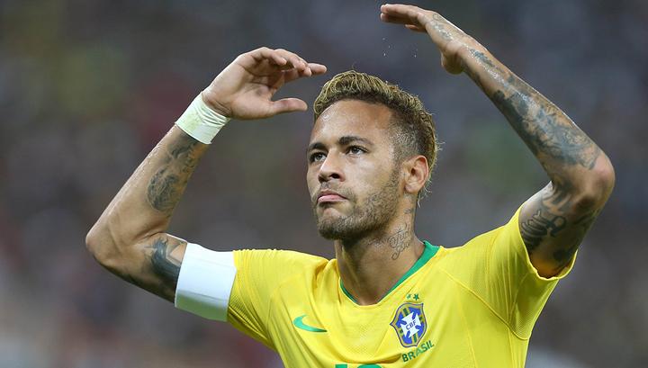 Бразилия победила Камерун, но потеряла Неймара