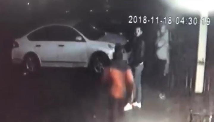 На Кубани молодежь избила пенсионерку в ответ на просьбу не шуметь. Видео