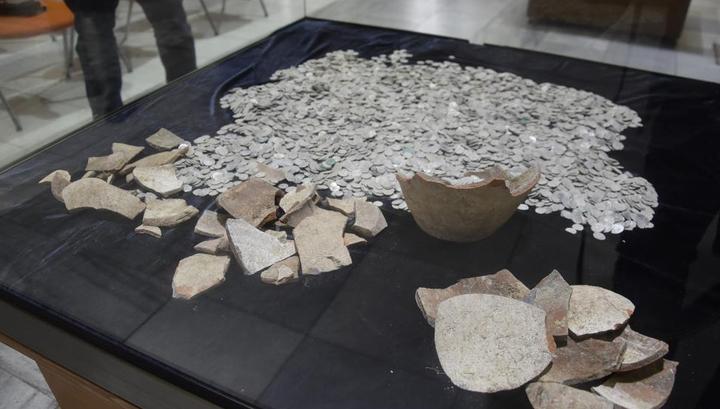 Болгарские заключенные нашли тысячи серебряных монет Османской империи
