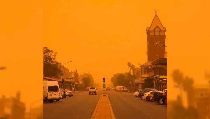 Масштабная песчаная буря накрыла Сидней и Канберру
