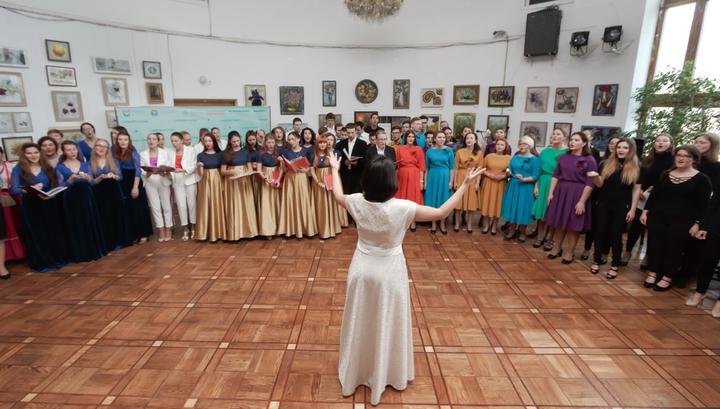 С музыкой в сердце: в столице прошел фестиваль поющих врачей