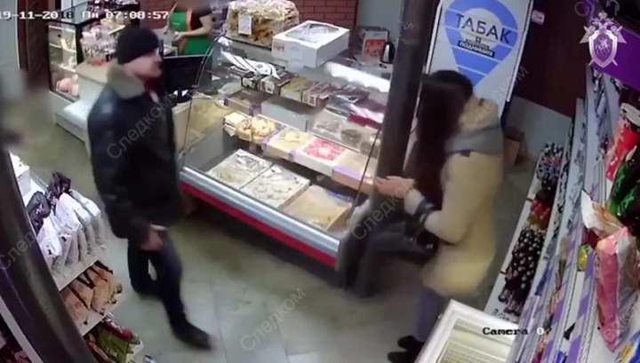Любовь зла: липчанин в магазине напал на бывшую жену с осколком бутылки и ножом