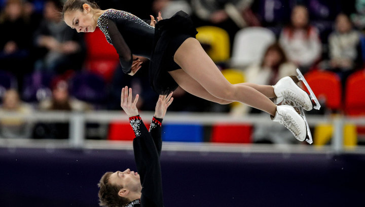 Гран-при Франции. Александра Бойкова и Дмитрий Козловский лидируют после короткой программы