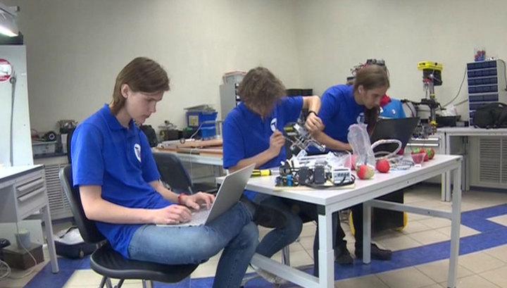 Лицеисты из Санкт-Петербурга победили на Всемирной олимпиаде роботов