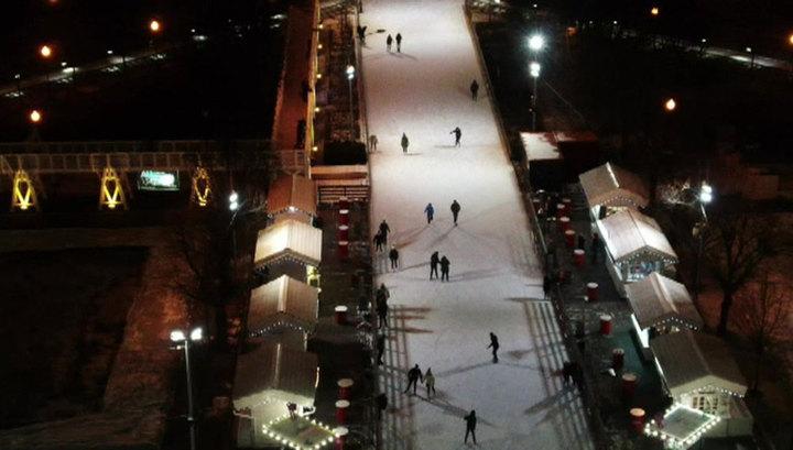 К зимнему сезону в Москве откроют более 1400 катков