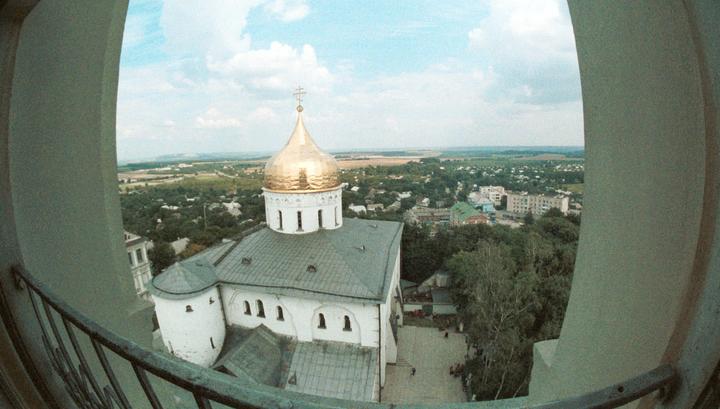 УПЦ: Почаевская лавра продолжит пользоваться объектами на своей территории