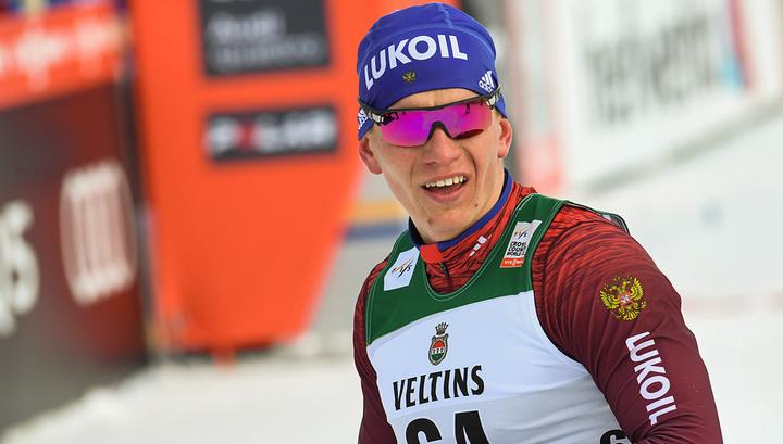 Большунов выиграл спринт на этапе Кубка мира по лыжным гонкам