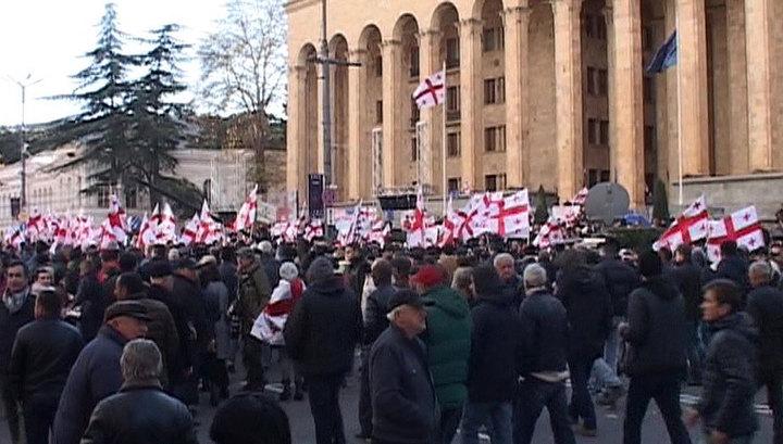 Саакашвили призывает Грузию к очередному перевороту