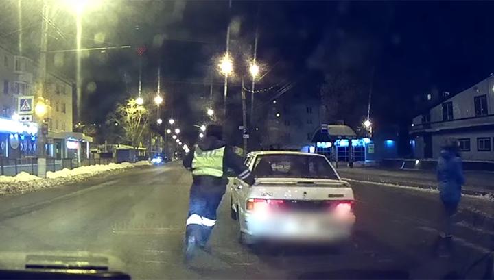 Преследование нетрезвого угонщика по улицам Тольятти попало на видео